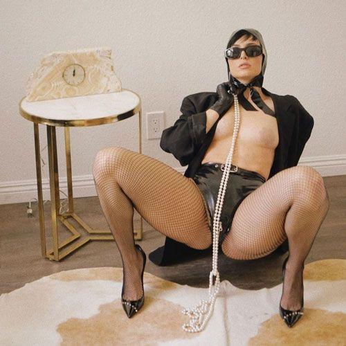 بیوگرافی زهرا الیس + عکس های باحال دختر مشهور به «ملکه کون»