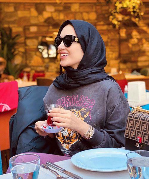 آناشید حسینی _ زندگینامه آناشید حسینی همسر جدید پویان مختاری