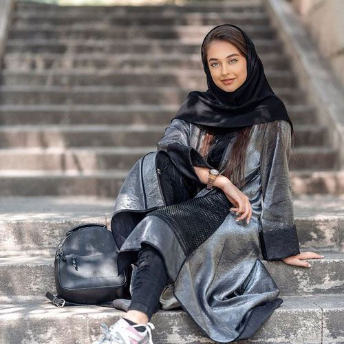 بیوگرافی کیمیا حسینی مدل - ساکار